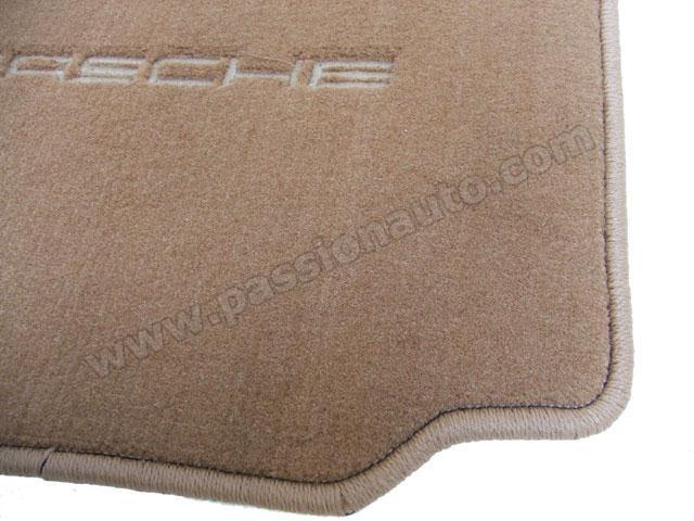 tapis de sol 4 pieces brun 996 passionauto com passionauto com. Black Bedroom Furniture Sets. Home Design Ideas
