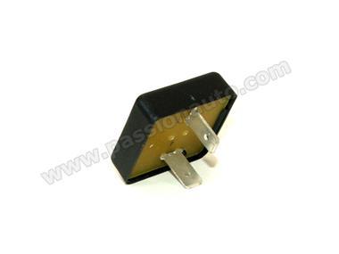 relais de capote electrique 964 993 passionauto com passionauto com. Black Bedroom Furniture Sets. Home Design Ideas